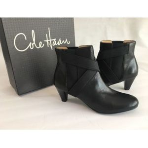 Cole Haan Womens Air Lyric Short Ankle Boots Black